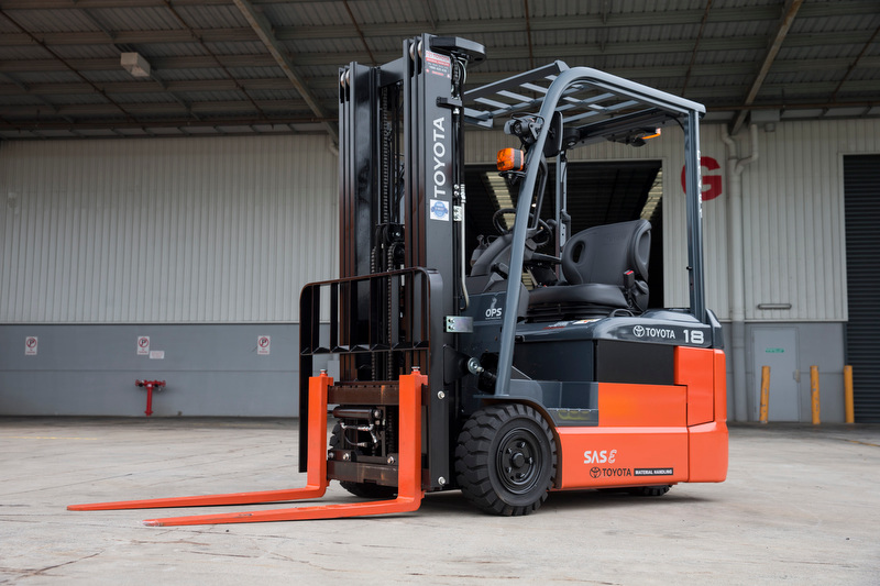 ELECTRIC 3WHEEL FORKLIFT 1T-2T